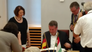 Dr. Györkös Péter nagykövet Paderbornban – Paderborn és Debrecen 25 éves testvérvárosi megállapodását ünnepeli