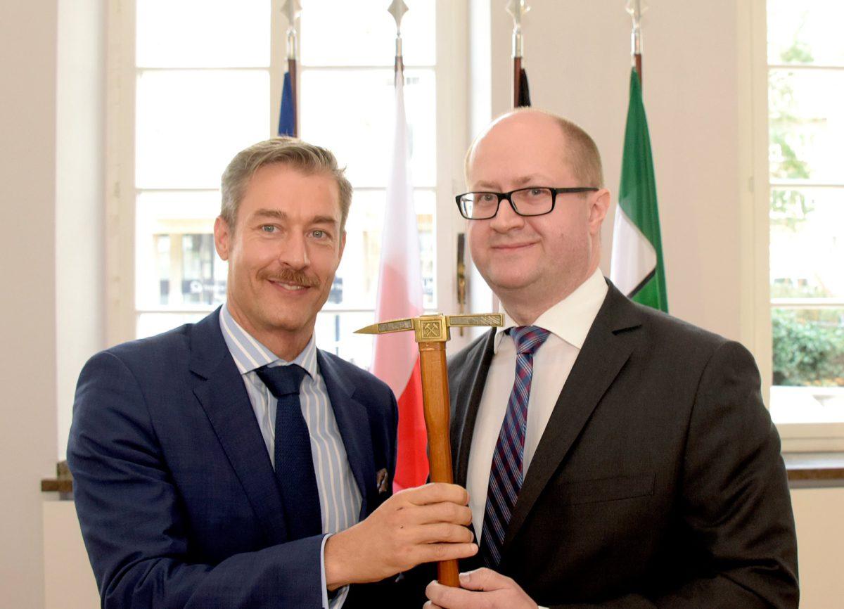 Herr Generalkonsul Szegner übernahm das Amt der Doyens des Landes NRW